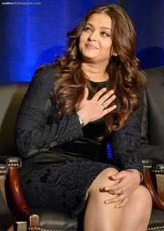 Aishwarya Rai attends the Global Partnership Forum Women Leaders event at The Yale Club on September 2012 in New York City. Indian Bollywood Actors, Bollywood Girls, Beautiful Bollywood Actress, Beautiful Indian Actress, Beautiful Actresses, Indian Actresses, Beautiful Women, Bollywood Stars, Bollywood Fashion