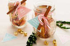 DIY Mason Jar Cocktail Holiday Gift Idea
