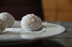 Coconut Banana Bread Energy Bites | Decadently Dieting