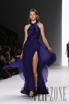 Elie Saab - Ready-to-Wear - Spring-summer 2012 // Fashion Show, Fashion Outfits, Womens Fashion, Fashion Design, Runway Fashion, Sexy Gown, Elie Saab Spring, Shades Of Purple, Ready To Wear