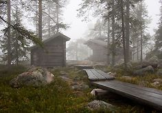 In Finland there are free huts (laavu) along nature trails. Spend a night there or stop for a picnic. There are easy routes for families with small children and routes for a week-long hike. Finland Summer, Building A Cabin, Finland Travel, One Summer, Helsinki, Homeland, Wilderness, Norway, Places To Go