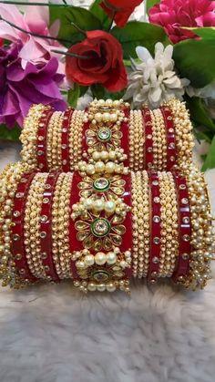 Indian Bridal Jewelry Sets, Bridal Bangles, Gold Bangles Design, Gold Jewellery Design, Shadi Pic, Bridal Chuda, Fancy Dress Design, Bangle Set, Stylish Jewelry