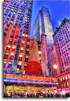 Christmas in Radio City Music Hall, NYC Places To Travel, Places To See, New York City Christmas, Christmas Time, Radio City Music Hall, Nyc Life, New York Photos, Hdr Photography, Concrete Jungle