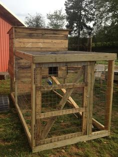 Below we've forty four free DIY coop plans with easy step by step instructions. we are going to additionally provide you with some general tips concerning coops to help swish the trail for you. Chicken Coop Pallets, Cheap Chicken Coops, Diy Chicken Coop Plans, Chicken Coup, Portable Chicken Coop, Chicken Tractors, Backyard Chicken Coops, Building A Chicken Coop, Chicken Runs