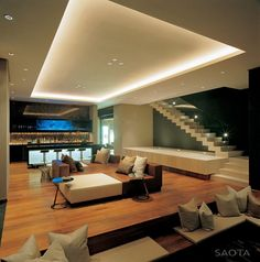 Luxury residence located in Bantry Bay, Cape Town, South Africa. SAOTA and Antoni Associates.