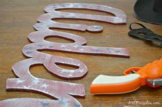 DIY Wood Cut Out Name is an easy beginner tool project with a jigsaw.  In depth tutorial included H2OBungalow.com #toolproject #woodworking