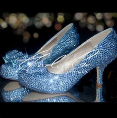 Light Blue Sapphire, Wedding Wishes, Wedding Dreams, Gold Wedding, Wedding  Attire, Prom Shoes, Bridal Shoes, Sweet 16, Flower Girls
