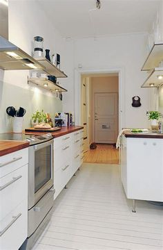 Turn of the Century Apartment with Fresh and Modern Interior Design Apartment Layout, Apartment Kitchen, Kitchen Interior, Interior Paint, Apartment Ideas, Apartment Design, Space Saving Kitchen, Small Space Kitchen, Built In Furniture