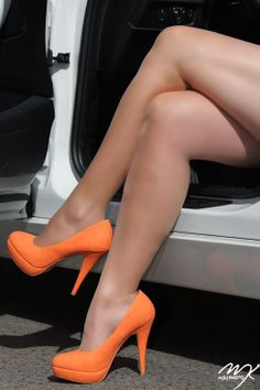Orange heels - so freaking sexy! Mike would LOVE this