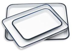 Traditional butcher trays for mixing colours. Strong, durable, easy to clean. Lots of sizes. A great way to avoid plastic in the studio.  http://www.danielsmith.com/Item--i-G-146-030