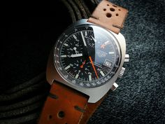 HEUERVILLE: Heuer Carrera 510.523 Lemania 5100---Released in 1983, this was among the last in the line of the Heuers, with TAG Heuer running down Heuer signed stock. It was also the last 'Carrera' signed model under Heuer. It has the 'Autavia-esk' sunburst graining to the upper case surface with polished sides.