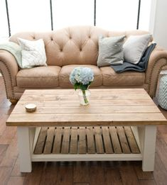 Rustic coffee table stained wood top Coffee Table Plans, Rustic Coffee Tables, Diy Coffee Table, Wood Tables, Loft Bunk Beds, Build A Table, Stained Table, Barn Wood Crafts, Woodworking Projects Diy