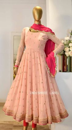Party Wear Indian Dresses, Indian Gowns Dresses, Dress Indian Style, Indian Fashion Dresses, Indian Designer Outfits, Girls Frock Design, Fancy Dress Design, Stylish Dress Designs, Designs For Dresses