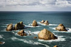 Islotes Nugget Point Beautiful, Water, Outdoor, New Zealand, Beautiful Landscapes, Animales, Gripe Water, Outdoors, Outdoor Games