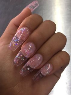 Semi-permanent varnish, false nails, patches: which manicure to choose? - My Nails Aycrlic Nails, Cute Nails, Pretty Nails, Hair And Nails, Coffin Nails, Clear Acrylic Nails, Clear Glitter Nails, Pink Acrylics, Acrylic Nails Coffin Pink