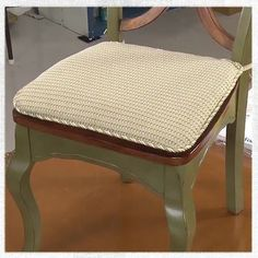 Chair pads are a great way to bring a little extra color and comfort to your dining room or breakfast nook. A simple chair pad can easily be DIY-ed and is a great project for beginner sewers! A cha. Kitchen Chair Pads, Dining Room Chair Cushions, Dining Chair Cushions, Kitchen Chairs, Living Room Chairs, Dining Chairs, Seat Cushions, Ikea Chairs, Wooden Chairs