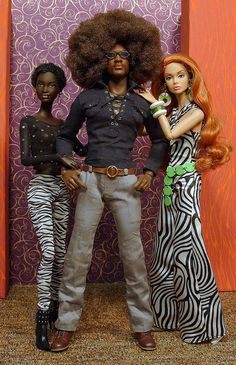 Max Afro & his ladies Fashion Dolls, Fashion Royalty Dolls, Moda Fashion, Beautiful Barbie Dolls, Pretty Dolls, Diva Dolls, Dolls Dolls, African American Dolls, African American Beauty
