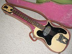 magnatone01 (simonm1965) Tags: california 1955 vintage guitar guitars 1957 1956 magna combo torrance rickenbacker magnatone h44 stratotone bigbsy paulbigsby pabigsby spanishelectricguitar