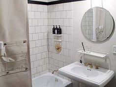 Ace Hotel NYC Bunk Bathroom Photo | New York, NY | Quikbook.com
