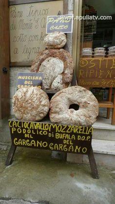 Puglia il Pane di Monte Sant'Angelo