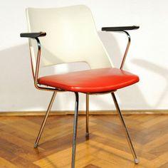 Stuhl Rot-Weiß 1950er-60er, 150€, jetzt auf Fab.