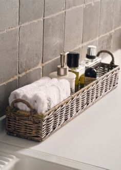 "to ""Hotel-ify"" Your Guest Bath by The Everyday Home – diy bathroom decor Ideas Para Organizar, Bathroom Spa, Bathroom Ideas, Bathroom Designs, Budget Bathroom, Bathroom Stuff, Bathroom Modern, Bathroom Vanities, Neutral Bathroom"
