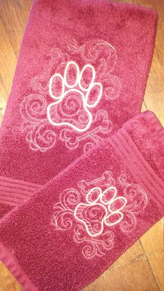 Embroidered Matching Hand Towel and Wash Cloth Set by Fiddlestixprimitives on Etsy