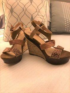59490be064ea1d Carlos Santana wedge sandals leopard print 9  fashion  clothing  shoes   accessories