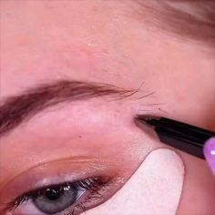 Eyebrow Makeup Tips, Eye Makeup Steps, Makeup Eye Looks, Makeup Videos, Skin Makeup, Eyeshadow Makeup, Makeup Brush Dupes, Doll Eye Makeup, Face Contouring Makeup