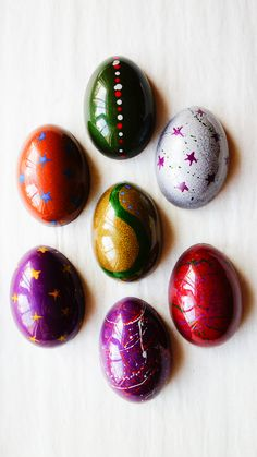 Our chocolate easter eggs the cocoa pod shop in 2019 шоколад, торт, сладо. Chocolate Dreams, Chocolate Shop, Easter Chocolate, Raw Chocolate, Chocolate Ice Cream, Chocolate Gifts, Chocolate Truffles, Chocolates, Chocolate Centerpieces