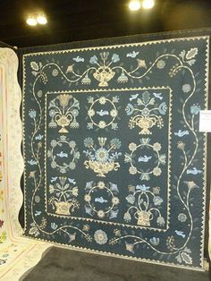 2013 Paducah Quilt Show: I love how the colour choice gives a different mood to this traditional Baltimora quilt