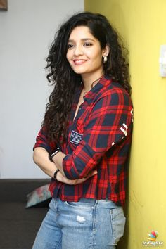 Hindi Actress, Tamil Actress Photos, Bollywood Actress, Beautiful Girl Indian, Most Beautiful Indian Actress, Beautiful Eyes, Bollywood Cinema, Bollywood Photos, Beauty Full Girl