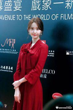 Yoona Snsd, Sooyoung, South Korean Girls, Korean Girl Groups, Im Yoon Ah, Asian Celebrities, Chinese Actress, International Film Festival, Korean Actresses