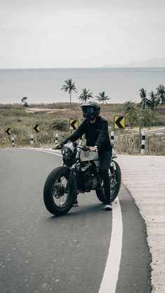 Dylan Jordan, Christian Yu, Boy Photography Poses, Motorcycle Photography, Bike Photoshoot, We Bare Bears Wallpapers, Boy Poses, Boy Pictures, Tumblr Boys