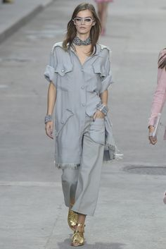 Chanel RTW Spring 2015 - Slideshow