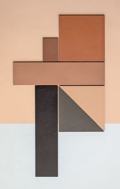 Graphic tiles are having a moment. New from Italian tile company Mutina is Tierras, a collection by Spanish-born architect and designer Patricia Urquiola. Earth Tone Decor, Earth Tone Colors, Earth Tones, Earth Color, Patricia Urquiola, Terracotta, Earthy Home, Earthy Color Palette, Black Interior Doors