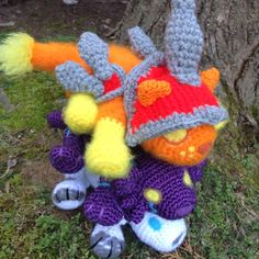 Look how adorably stackable these kitties of Warcraft are! Loque'Nahak, Brightpaw and Cinder Kitten can stack together and with all my other Amigurumi ^__^