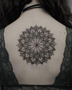 Beautiful mandala by El Bernardes.  http://tattooideas247.com/mandala-back/