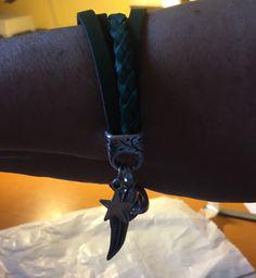 Armband van smalle leren armbandjes