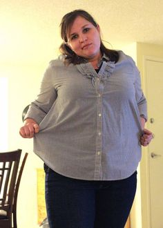shrinking an over-sized button down shirt http://www.mommagoround.com/category/tutorials/clothing