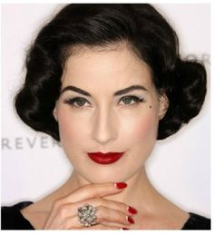 Sported by models at fashion week and tons of celebs (like Dita von Teese, Ciara and Jessica Biel, to name a few), the half-moon manicure is one hot trend you w Retro Hairstyles, Celebrity Hairstyles, Wedding Hairstyles, African Hairstyles, Vintage Wedding Nails, Vintage Bridal, Vintage Weddings, Bridal Makeup, Wedding Makeup