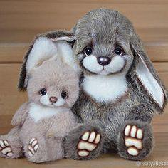 Teddy Bears by Ekaterina Bespalova autor bespalovaekaterina Crochet Rabbit, Crochet Toys, Big Bunny, The Face, Teddy Toys, Sad Faces, Little Critter, Big Bear, Sewing Toys