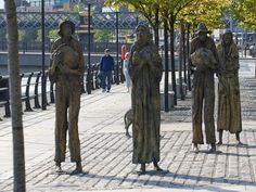 Painfully thin sculptures commemorate those Irish people that died or were forced to emigrate during the Irish Famine in the 19th century.