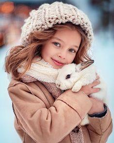62 ideas for crochet hat kids boys mom Cute Kids Fashion, Toddler Fashion, Anna Pavaga, Crochet Kids Hats, Hat Crochet, Amor Animal, Cute Young Girl, Trendy Kids, Jolie Photo