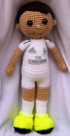 Cristiano Ronaldo, Crochet Doll Pattern, Amigurumi Patterns, Jessie, American Girl, Dinosaur Stuffed Animal, Elsa, Soccer, Teddy Bear