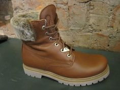 Lace up boots from Panama Jack this time, Classic Colorado style boots with faux fur lining all the way through the shaft and tongue, say goodbye to cold ankles! and again WATERPROOF! Lace Up Boots, Timberland Boots, Winter Boots, Panama, Faux Fur, Colorado, Blues, Cozy