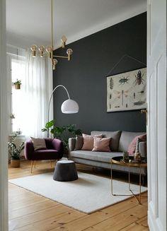 Wand gestrichen :) #skandinavisch #wandfarbe #wohnzimmer #messing #zimmerpflanzen #gold #altbau