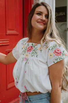 Floral Tops, Women, Fashion, Moda, Fashion Styles, Fashion Illustrations, Fashion Models, Woman