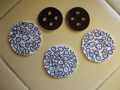 Shrinky Dink buttons, lovely idea and great project for the weekend