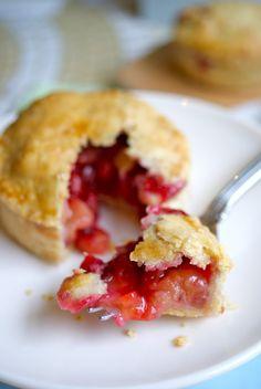Little Jack Horner's plum pie bites